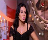 بالفيديو.. رانيا يوسف عن «فستان الأزمة»: «البطانة الداخلية اترفعت»
