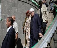 طائرة تقل وفد الحوثيين إلى محادثات السلام تغادر صنعاء .. وعلى متنها المبعوث الأممي