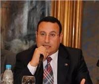 محافظ الإسكندرية: بلاغات المواطنين عن الأمطار لا تذكر.. ونتدخل لحل أي مشكلة