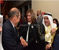صور| نبيلة مكرم تفتتح الأسبوع الكويتي