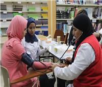 الفرق الطبية بـ«مبادرة 100 مليون صحة» في جامعة بدر| صور