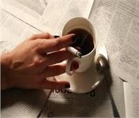 لماذا يقبل المدخنون على شرب الشاي والقهوة بمعدل عالٍ؟