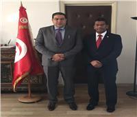 الجمارك التونسية تستضيف رئيس الاتحاد العربيللمخلصين الجمركيين