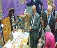 «حجازي» يشهد معرض «المبدعين فنيًا» بمدرسة السعيدية