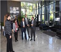 صور..مدير اليونيدو يُشيد بمركز خدمات المستثمرين