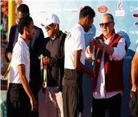 أبو ريدة وأحمد أحمد يسلمان الجوائز لأبطال إفريقيا للكرة الشاطئية