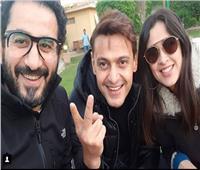 صدفة تجمع حلمي ورامز جلال وياسمين عبد العزيز في مكان واحد