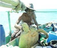 «هيبكا» تبحث عن شاب اصطاد كائنات بحرية مهددة بالانقراض لمقاضاته