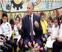 وزير الري يلتقي طلاب المدارس في المحاور الصغير