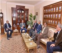 محافظ أسيوط يلتقي وفدا من «روتاري مصر» لبحث تأسيس نادٍ جديد