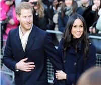 والد ميجان ماركل يطلب مساعدة ملكة بريطانيا لرؤية ابنته