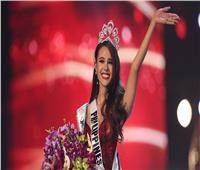 فلبينية تتوج بلقب «ملكة جمال الكون» لعام 2018
