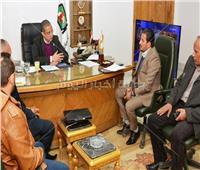محافظ سوهاج يشيد بدور مؤسسات المجتمع المدني في تطوير القرى