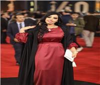 رشا السيد تحضر حفل زواج 500 عريس وعروسة