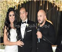 صور| محمود العسيلي يُحيي زفاف المستشار الإعلامي لوزارة التعليم