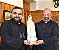 البطريرك إبراهيم إسحق يستقبل المدبر البطريركي للكلدان