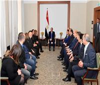 صور| «السيسي» يؤكد أهمية الاستفادة من خبرات ومقترحات المصريين في الخارج