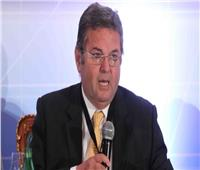 وزير قطاع الأعمال يكشف تفاصيل خطيرة عن شركات الصوت والضوء بالأهرامات