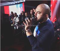 صور| محمود العسيلي يُحيي حفلا غنائيا ضخما بالقرية الذكية