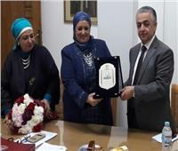 أمين عام المجلس الأعلى للثقافة يكرم مرفت مرسي رئيس القومي لثقافة الطفل