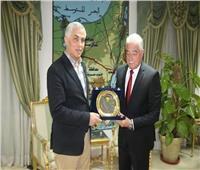 محافظ البحر الأحمر يلتقي سفير طاجيكستان