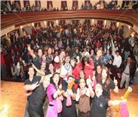 صور| فرقة أشرف عبدالباقي تحتفل بالعام الجديد بـ«مسرح الريحاني»