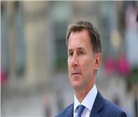 وزير خارجية بريطانيا: الأسد سيبقى لبعض الوقت للأسف