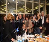 35 صورة- نجوم الفن يحتفلون بعيد ميلاد نادية لطفي