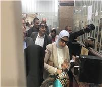 وزيرة الصحة تشهد أول تسجيل الكتروني لبيانات مريض في بورسعيد