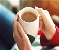 مشروب الزنجبيل والتفاح يساعدان على التدفئة وحرق الدهون في الشتاء