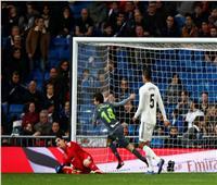 فيديو| ريال مدريد يسقط أمام سوسيداد بـ«هزيمة مذلة» وسط جماهيره