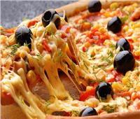 طبق اليوم.. «بيتزا ستافت كراست»