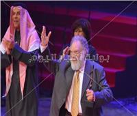 80 صورة| تكريم «الفخراني وأيوب وأبو زهرة» بمهرجان المسرح العربي