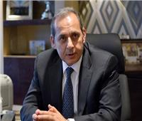 رئيس البنك الأهلي: أصدرنا «ميزة» في يونيو الماضي.. وطرحها بالفروع غدًا