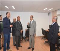 نائب رئيس جامعة أسيوط يشيد بسفارة المعرفة