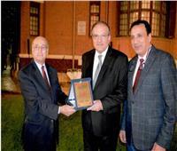 تكريم سفير أرمينيا بالقاهرة في حفل وداعه