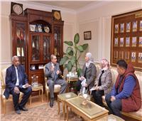 محافظ  أسيوط يلتقى نائب وزير التضامن لتنفيذ مبادرة «حياة كريمة »