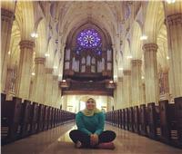 حكايات | «يا مريم البكر».. المسلمة «داليا» تُرنم داخل الكنيسة المصرية