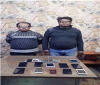 ضبط «مسجلين» كونا تشكيلا عصابيا لسرقة الهواتف المحمولة في أسيوط