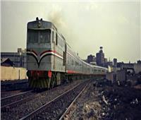قطار يصدم دراجة بخارية بمزلقان فرشوط