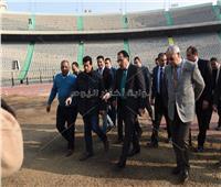 «مدبولى» يتفقد تجهيزات ستاد القاهرة استعدادا للبطولة الأفريقية