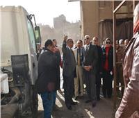 محافظ الجيزة يتابع شفط مياه الصرف من بدرومات مساكن عزيز عزت