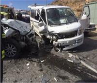مصرع شخص وإصابة 2 آخرين في تصادم 3 سيارات أعلى الطريق الدائري