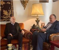 وزير الخارجية يلتقي نظيره العراقي على هامش مشاركتهما في أعمال القمة العربية في بيروت