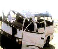 مصرع مواطن وإصابة 5 آخرين في حادث انقلاب ميكروباص بسيناء