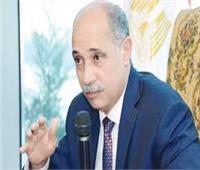 وزيرا الطيران المدني والسياحه يتفقدان مطار سفنكس