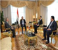 «طلعت» يستقبل رئيس مجلس إدارة المصرية للاتصالات والرئيس التنفيذي