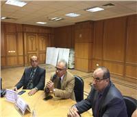 مستشار وزير الصحة يناقش حالات مرضى الأورام في مستشفى الأحرار بالشرقية