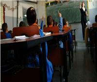 القصة الكاملة لتجميد مرتبات المعلمين