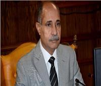 وزير الطيران المدني يوجه رسالة للعاملين بـ«مصر للطيران»